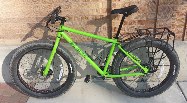 Fat bike with rear rack